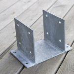 Sabot métallique pour poteaux carports